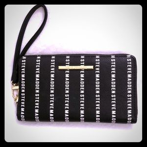 Steve Madden Clutch Purse